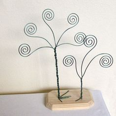 Double Green Wire Card Holder Trees - Business Card Holders - Photo Display Trees. $30.00, via Etsy.