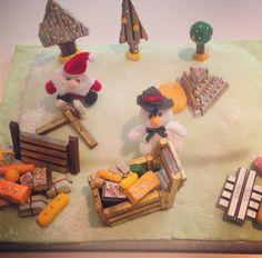 #FestiveBreakTimeTips. No4: Our final finished cake! Ho Ho Ho, it's Santa and his winter wonderland!