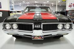 Olds 442...yes please! GREATEST, OLDSMOBILE, EVER. PERIOD.