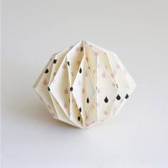 tuto origami boule de noel