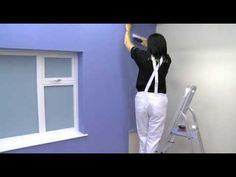 Top tips to achieve perfect results when wallpapering around corners Do It Yourself Projects, Diy Home Improvement, Decorating Tips, Corner, Diy Projects, Wallpaper, Youtube, Fabric, Window