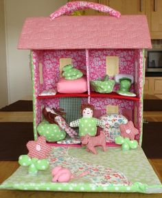 Standard 3D style - multi level with room divisions; Gisela Graham Fabric Dolls House