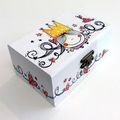 Caja Reinita Wood Crafts, Fun Crafts, Diy And Crafts, Crafts For Kids, Arts And Crafts, Painted Trunk, Painted Wooden Boxes, Diy Gift Box, Diy Box