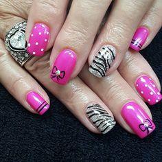 LuxaPolish - Pink flair mani