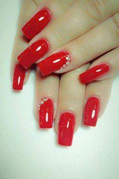 Classy red nail art design