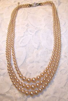 Vintage Rosita Three 3 Strand Pearl Necklack Pearl Necklace, Pearls, Chain, Accessories, Vintage, Jewelry, Fashion, String Of Pearls, Moda