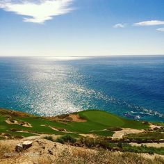 Beautiful day today at Jack Nicklaus' signature golf course at Quivira #loscabos #cabo #cabosanlucas #pacific #golfcourse #jacknicklaus #quivira #mexico #bajacaliforniasur #baja #lifestyle #paradise #travelingtheworldd #travelphotography #itstimetotravelbetter #beautifuldestinations #natures_beautifulgifts #summerlyeverafter by natures_beautifulgifts