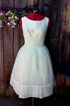 Vintage 1950's Sea Foam Green Garden Party Prom Cocktail Dress with Lace Bolero M/L