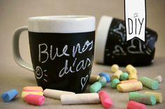 DIY. Personalized mugs with chalkboard paint // Tazas personalizadas con pintura de pizarra.