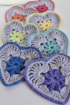Heart in Bloom Motif Crochet pattern by Mikaela Bates - Granny Square Crochet Motifs, Crochet Squares, Crochet Granny, Crochet Stitches, Knit Crochet, Crochet Patterns, Crochet Bunting, Crochet Blocks, Stitch Patterns
