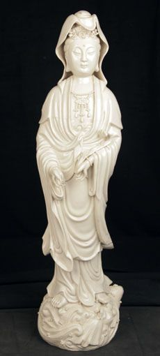 CHINESE QING OLD REPUBLIC PERIOD STATUE BLANC DE CHINE PORCELAIN KWANYIN