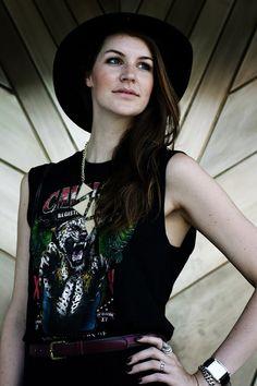 Outfit - Kiss my Butz #rock #boheme