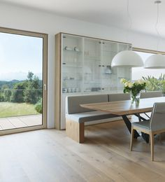 pinned by www. House Goals, Dinner Table, Windows And Doors, Aluminium, Interior Inspiration, Beautiful Homes, Sweet Home, Villa, Dining