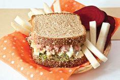 Sándwich de atún y germinado