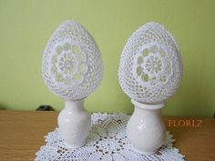 Háčkované vajíčko s korálky 13 cm zboží prodejce flori z fler cz Crochet Placemats, Easter 2015, Easter Crochet, Egg Art, Egg Decorating, Bobbin Lace, Happy Easter, Easter Eggs, Decoupage