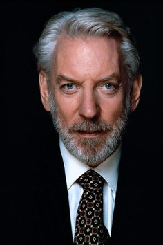 Hollywood Actor, Hollywood Celebrities, Hollywood Stars, Old Movie Stars, Classic Movie Stars, Actors Male, Actors & Actresses, Macho Alfa, Donald Sutherland