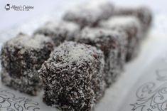 Prajitura Lamington sau prajitura tavalita - Alina's Cuisine Cookies, Desserts, Food, Kitchens, Crack Crackers, Tailgate Desserts, Deserts, Biscuits, Essen
