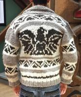 Genuine Handmade Cowichan Sweater Cowichan Sweater, Men Sweater, Weaving Patterns, Knitting Patterns, Sweater Making, Native Indian, Sweater Design, First Nations, Lana
