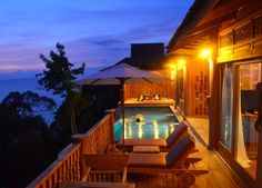 Beautiful Sunset Views of Pool