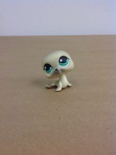 Littlest Pet Shop, LPS, #342 Arctic Gray Seal Green Eyes