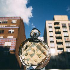 We live for blue-sky Sundays and the sophisticated scent of #UNTOLDArden.