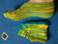 """Truth be told, I did not """"design"""" this footie. I learned it in Ladakh, North India, and wrote the pattern."""