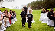 Bride's bodyguard photo. Bubbles.photo. outdoor wedding. http://www.rhornbackphotography.com/