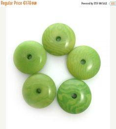 5 Tagua Linsen, hellgrün, 12mm, 5 Stück, Tagua Perlen, Perlen klein, rund, Scheiben, Donuts klein, Naturperlen, lenses, natural beads,slices