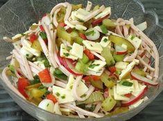 Colorful sausage salad, a tasty recipe from the vegetable category. Ratings: Average: Ø Colorful sausage salad, a tasty recipe from the vegetable category. Ratings: Average: Ø Chef Salad Recipes, Healthy Recipes, Sausage Recipes, Potato Recipes, Benefits Of Potatoes, Best Pasta Salad, Salad Ingredients, Greek Recipes, How To Cook Pasta