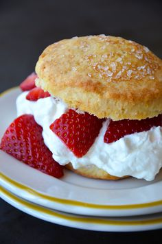 Easy Strawerry Shortcake with Whipped Cream!