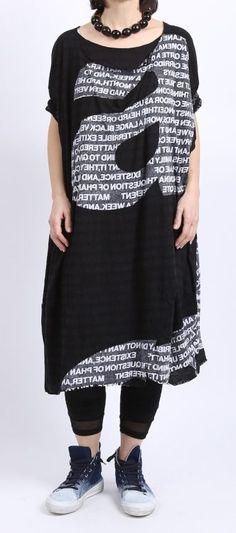 rundholz black label - Shirtkleid Oversize mit Buchstaben black print - Sommer 2016 - stilecht - mode für frauen mit format...