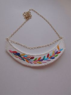 Embroidered necklace multicolored