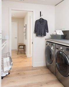 Hanging out in the laundry room just got a lot better! Katrina Stumbos created this sleek design with Concrete counters. Caesarstone Concrete, Concrete Countertops, Laundry Room Design, Laundry Rooms, Front Load Washer, Shower Surround, Concrete Design, Counter Space, Shower Tub