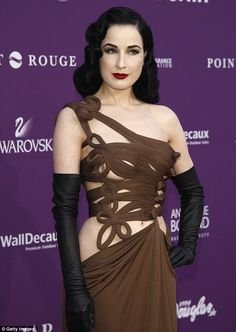 I love Dita. Class, beauty and elegance to the core!