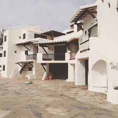 Binibeca vell in Menorca an old fishing village for very small people.  #binibeca #menorca #whitewashed #igersbaleares #balearestb