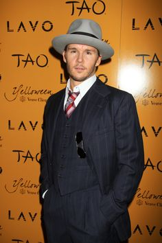 Hottie of the Day - Ryan Kwanten #