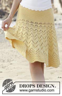 Sunny Days / DROPS - Knitted skirt with lace and wave pattern and garter stitch, worked top down. The piece is worked in DROPS Cotton Merino. Unicorn Knitting Pattern, Crochet Baby Dress Free Pattern, Lace Knitting Patterns, Knitting Stiches, Crochet Skirts, Crochet Clothes, Knitting For Kids, Free Knitting, Crochet Woman