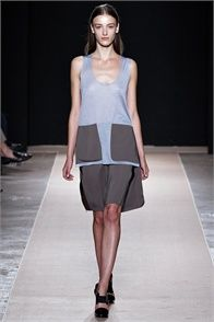 Spring Summer 2013: Marco De Vincenzo, Milano - click on the photo to see the complete collection and review on Vogue.it