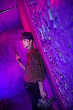 """""""BTS Kim Seokjin/ Jin shows kdrama people what they are missing out on by self auditioning for a zombie apocalypse movie. melarosee for the text removal from first picture"""" Bts Jin, Jimin, Bts Bangtan Boy, Bts Boys, Seokjin, Namjoon, Foto Bts, Bts Photo, Yoonmin"""