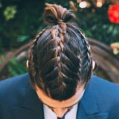 Men with Braids - Cool Braided Hairstyles For Guys #braidedhairstylesformen