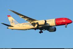 Resultado de imagem para 787 norwegian