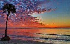 Crazy beautiful ocean sunset