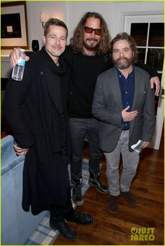 Brad Pitt, Chris and Zack<---Brad hasn't aged very well. Guess that's what happens when you have the life sucked out of you when you've been married to Angelina. Between Two Ferns, Say Hello To Heaven, Zach Galifianakis, Grunge, Charity Event, Rockn Roll, All Smiles, Pearl Jam, Cultura Pop
