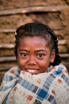 """iluvsouthernafrica: """"Madagascar: Portraits of Malagasy girls of different ethnicities. Names unknown. Photos by: Frans Lanting """" Light Of The World, We Are The World, People Of The World, Beautiful World, Beautiful People, Frans Lanting, National Geographic Photography, Baby Faces, Love My Kids"""