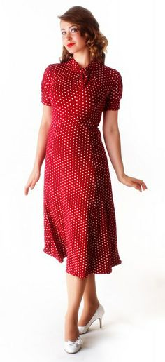 Amie Dress in red by Lindy Bop