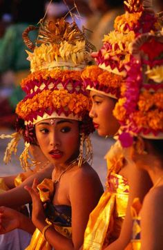 Balinese traditional dancers