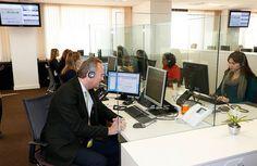 De visita en la empresa Atenzia, Servicios de Teleasistencia, para dependientes y mayores de Valencia y Castellón