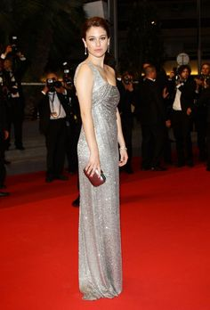 Blanca Suarez hits the Croisette in singular Gucci style.