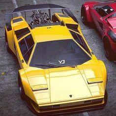 Lamborghini – One Stop Classic Car News & Tips Luxury Sports Cars, Exotic Sports Cars, Best Luxury Cars, Exotic Cars, Bmw Autos, Roadster, Lamborghini Cars, Lamborghini Diablo, Ferrari F40