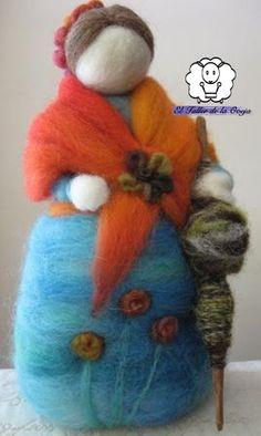 Felted dolls http://eltallerdelaoveja.wordpress.com/2012/12/31/vea-nuestros-pesebres-navidenos-d/